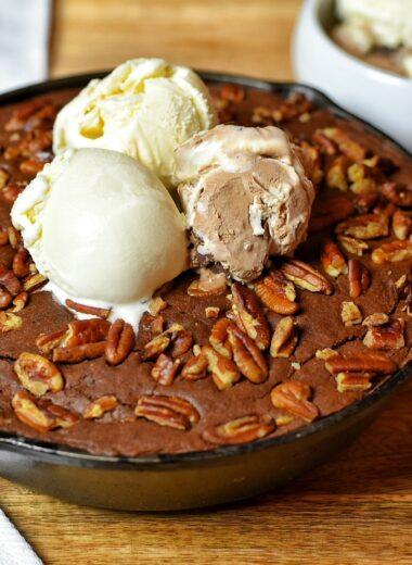 Dark Chocolate Skillet Brownie