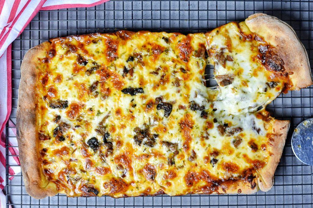 Barbecue Brisket Pizza