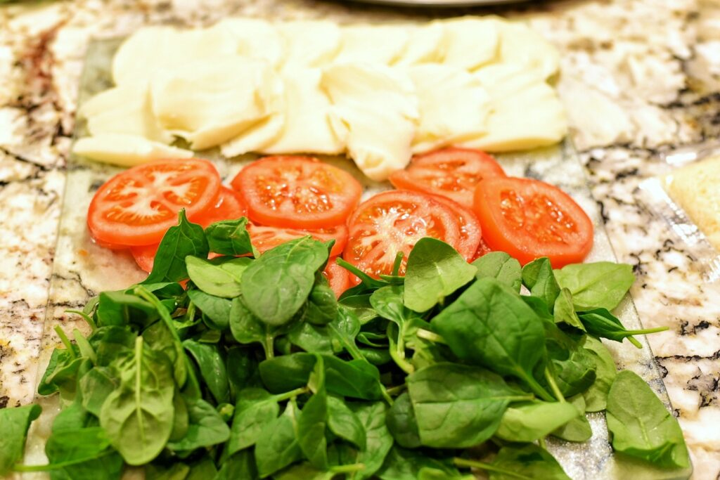 Ingredients for Tomato Florentine Pizza