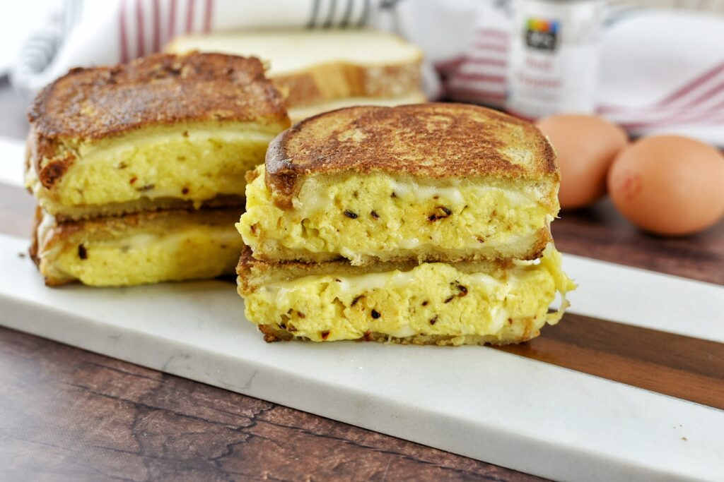 French Toast Egg & Cheese Breakfast Sandwich
