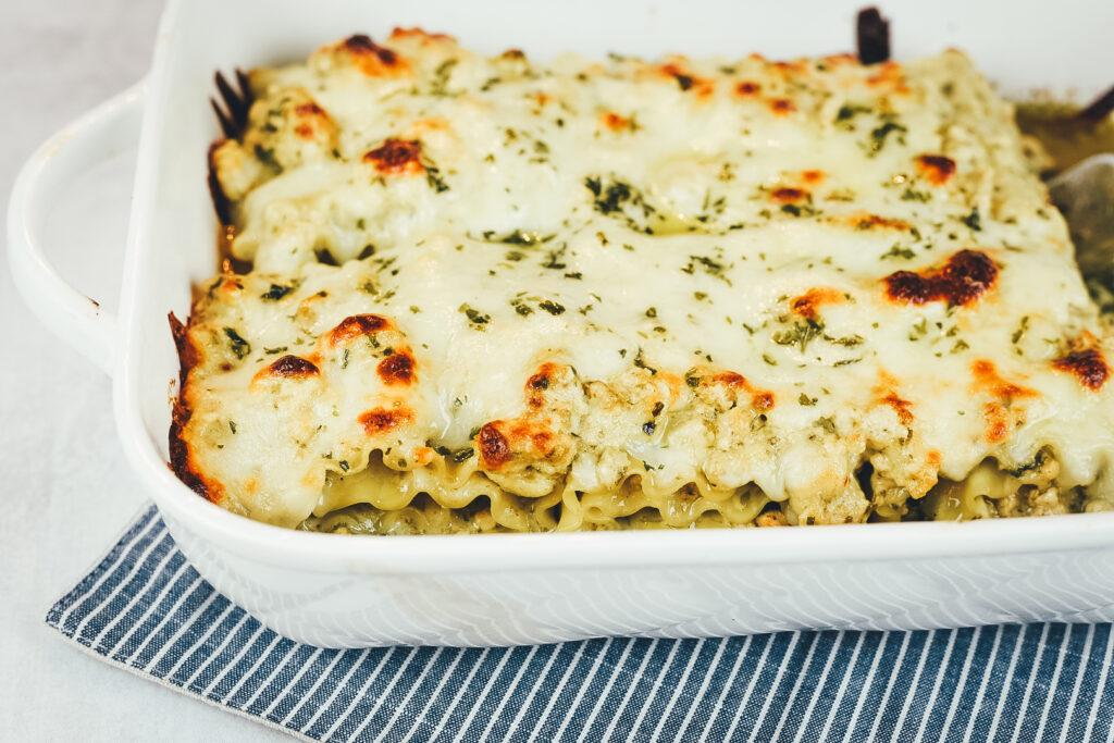 Chicken Pesto Lasagna Rolls
