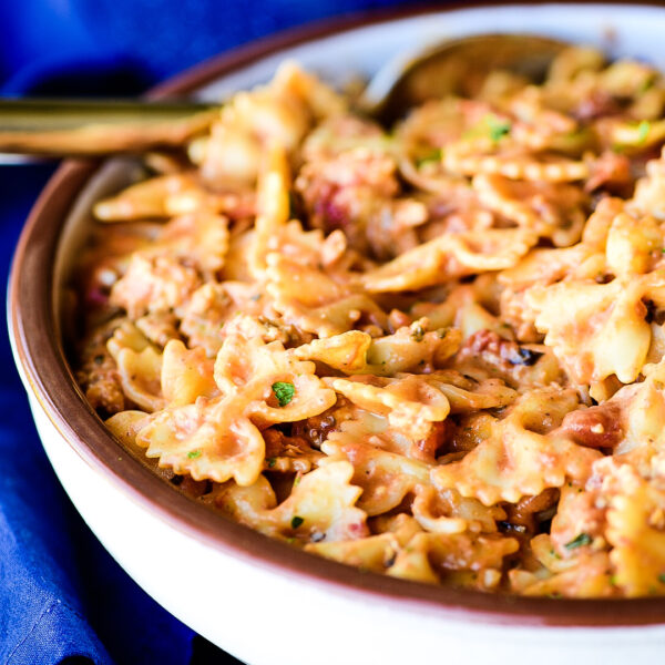 Farfalle a la Vodka with Chicken