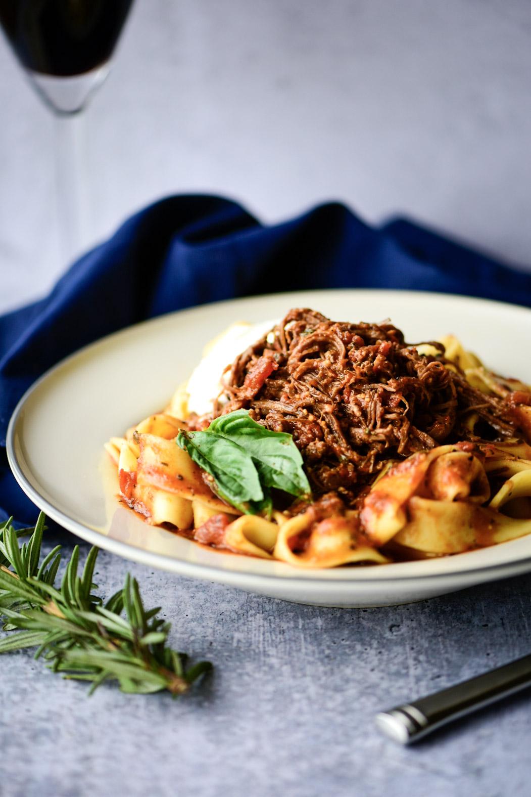 weeknight instant pot beef ragu
