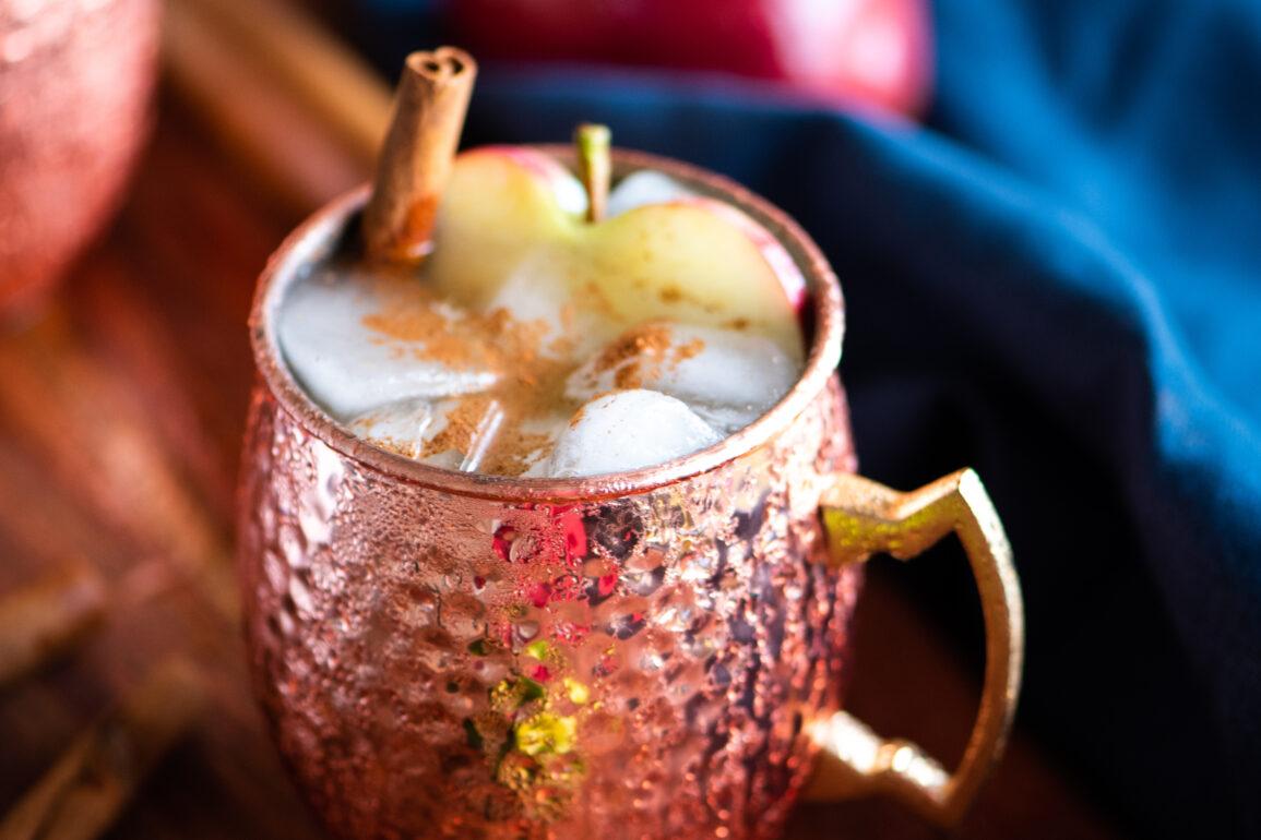 Apple Cinnamon Mule cocktail