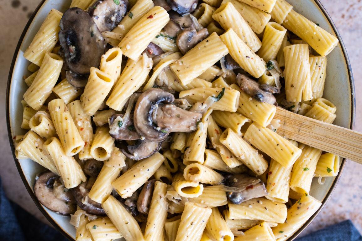 healthier mushroom rigatoni made with fresh mushrooms